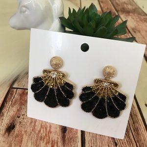 H&M Earrings Shell Glitter NWT Large Statement